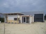 Kantoor met bedrijfshal in aanbouw (2)